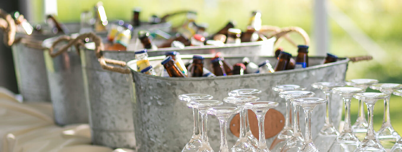 The Pros and Cons of an Open vs Cash Bar | Texoma Bride Guide Blog
