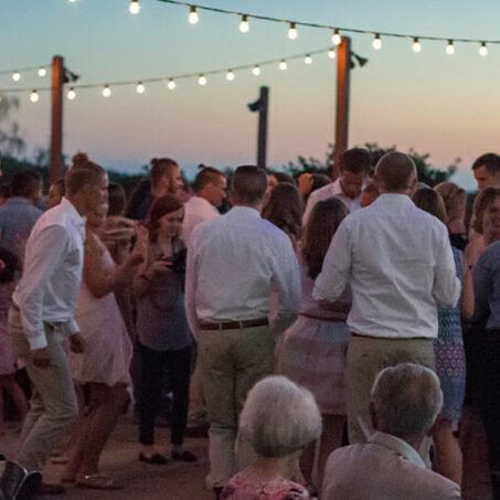 25 Songs That Never Fail To Fill The Dance Floor   Texoma Bride Guide Blog