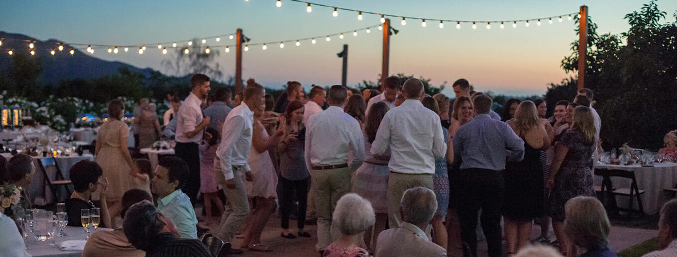 25 Songs That Never Fail To Fill The Dance Floor | Texoma Bride Guide Blog