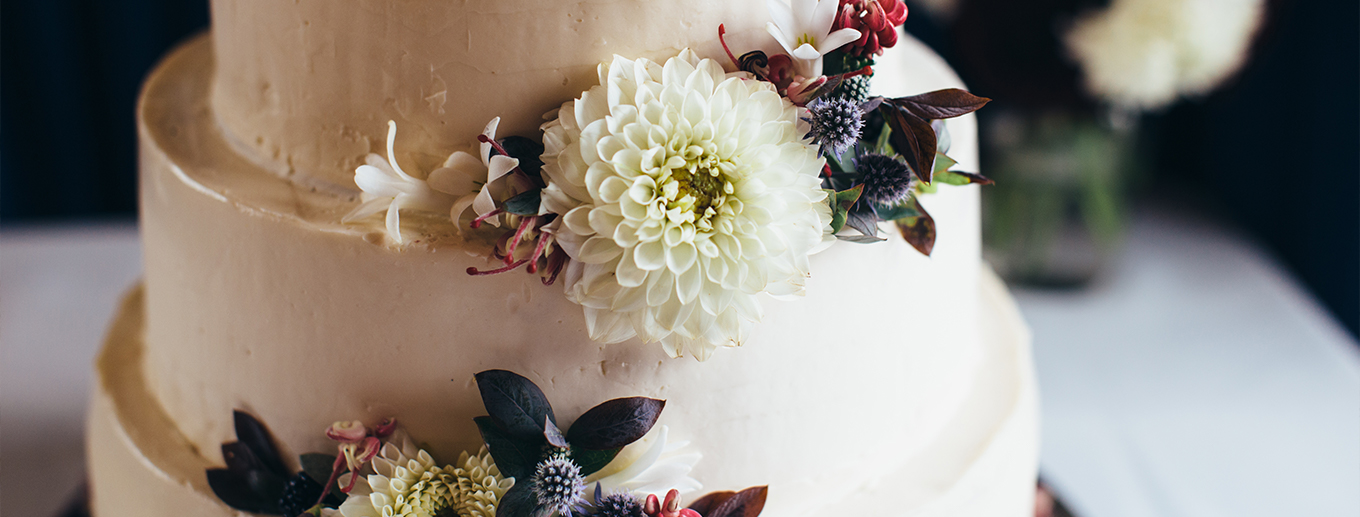 5 Unexpected Places To Add Florals At Your Wedding | Texoma Bride Guide Blog
